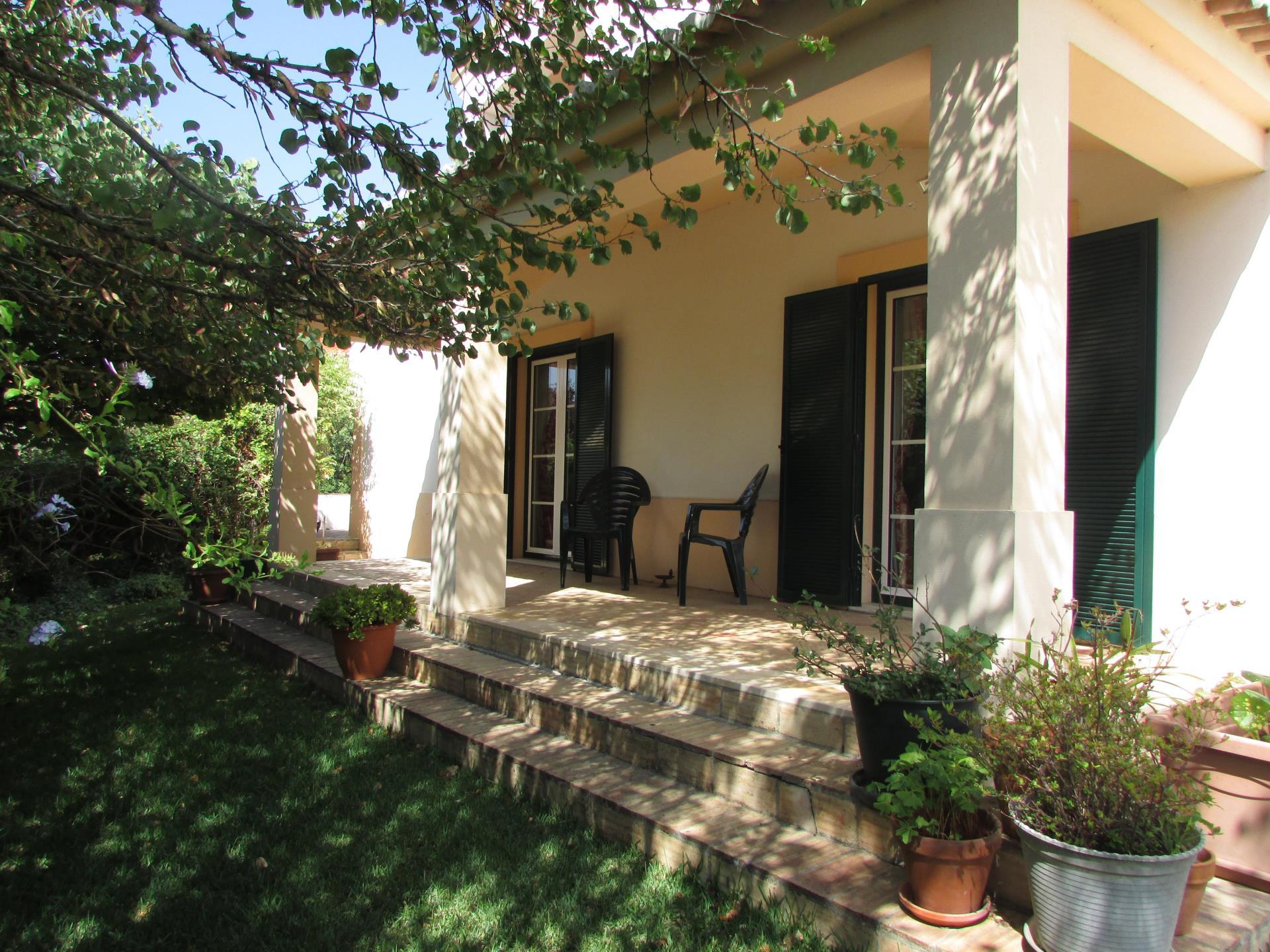 Tek Ailelik Ev için Satış at House, 5 bedrooms, for Sale Sintra, Lisboa Portekiz