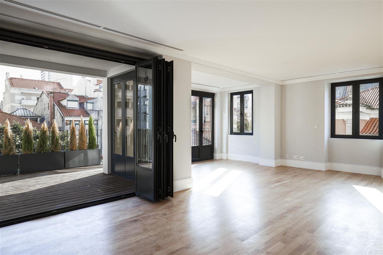 Apartment for Sale at Flat, 3 bedrooms, for Sale Lisboa, Lisboa, 1069-024 Portugal
