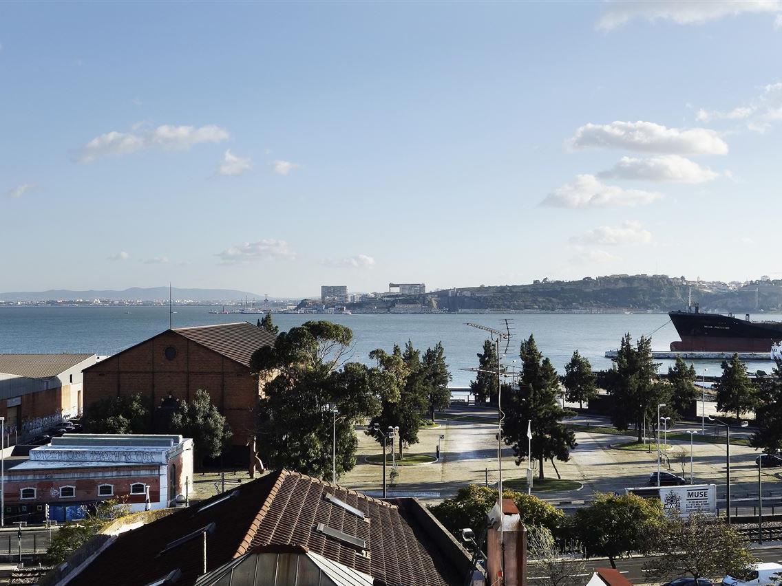 아파트 용 매매 에 Flat, 3 bedrooms, for Sale Lisboa, 리스보아 포르투갈