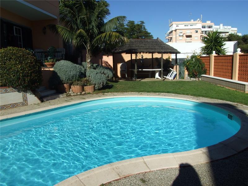 Villa per Vendita alle ore House, 6 bedrooms, for Sale Monte Estoril, Cascais, Lisbona Portogallo