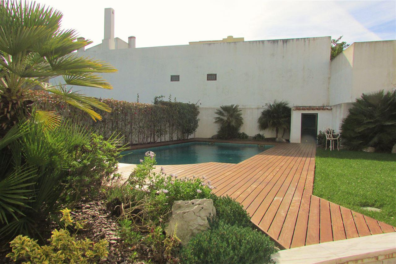 Single Family Home for Sale at House, 4 bedrooms, for Sale Cascais, Lisboa, 2645-151 Portugal