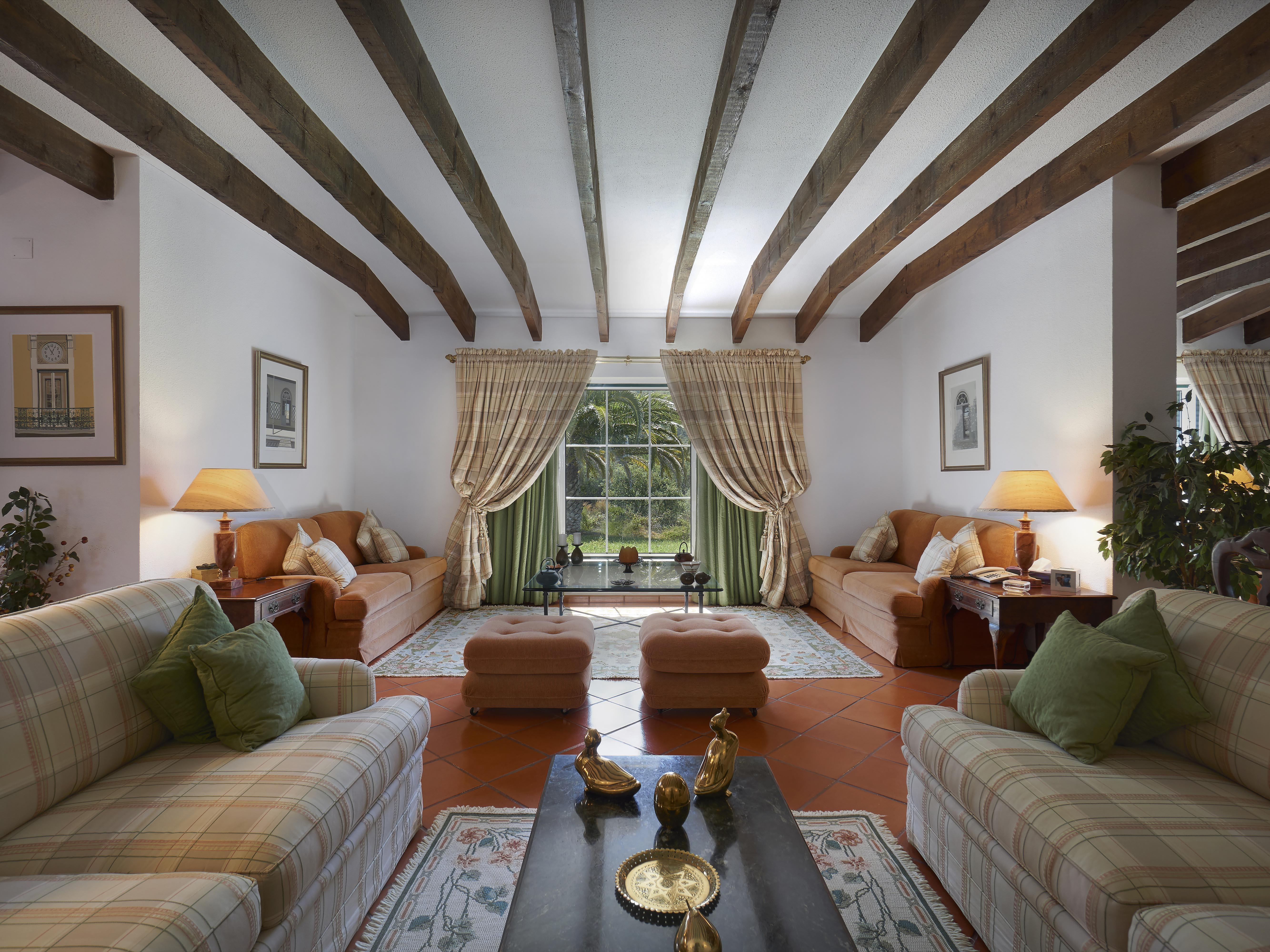 Ferme / Ranch / Plantation pour l Vente à Farm, 3 bedrooms, for Sale Setubal, Setubal, Portugal