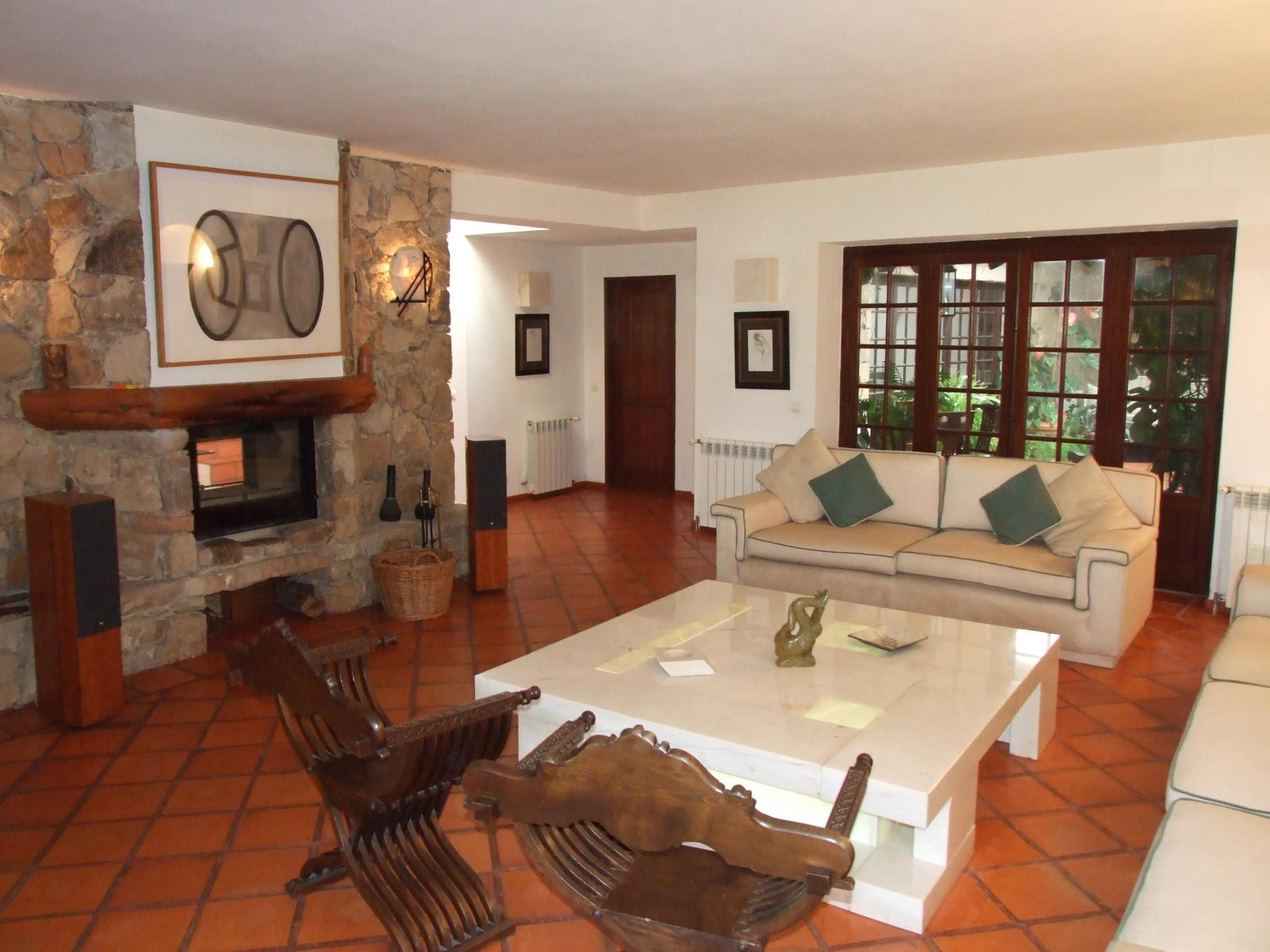 Single Family Home for Sale at House, 4 bedrooms, for Sale Azoia, Sintra, Lisboa Portugal