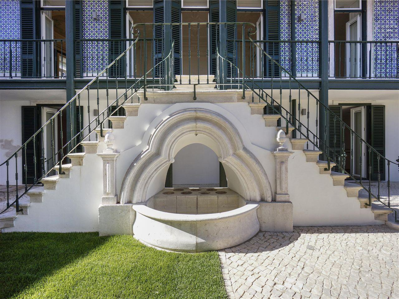Apartment for Sale at Flat, 3 bedrooms, for Sale Lisboa, Lisboa Portugal