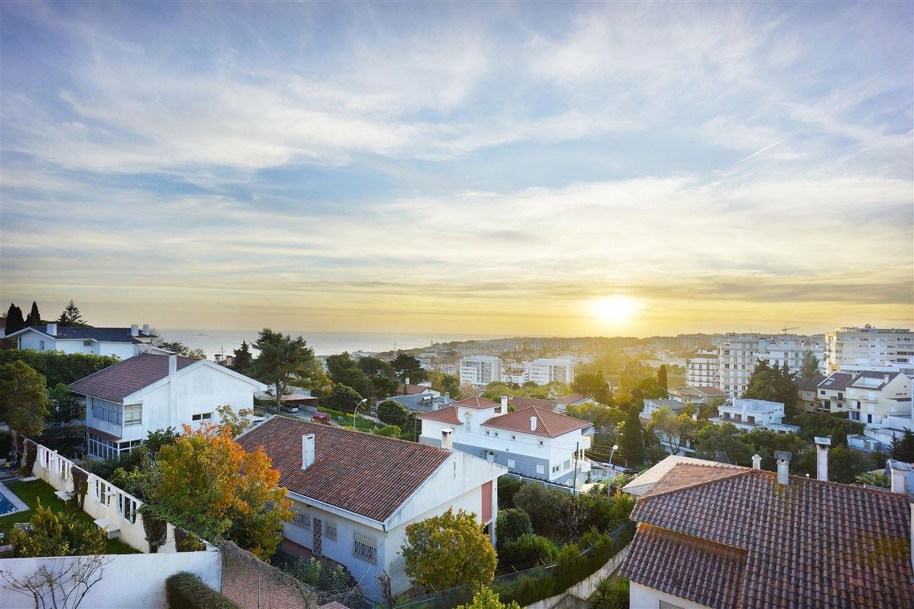 Single Family Home for Sale at House, 6 bedrooms, for Sale Oeiras, Lisboa, 2770-171 Portugal