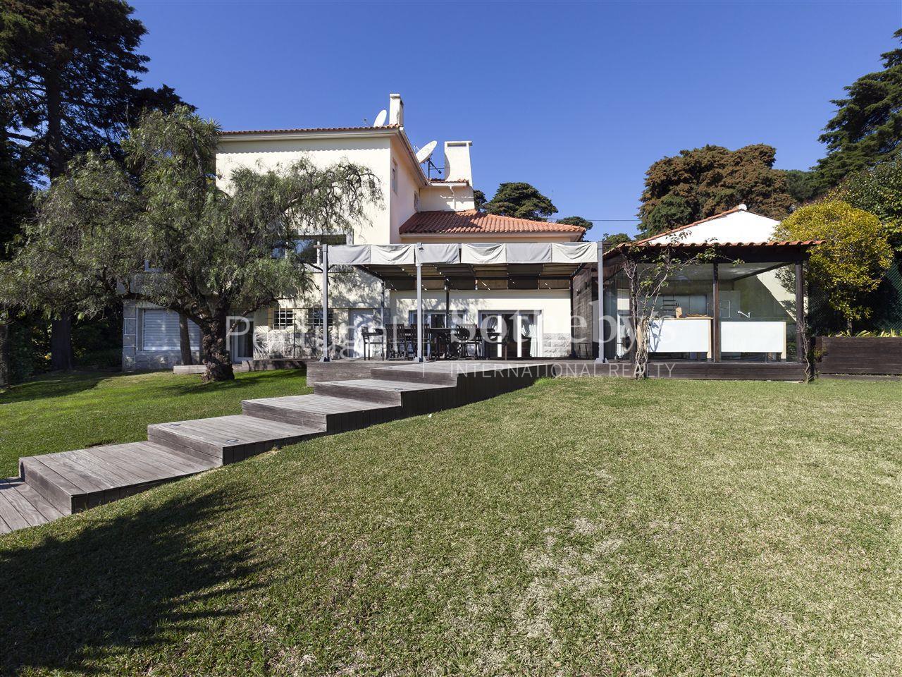 Maison unifamiliale pour l Vente à House, 6 bedrooms, for Sale Cascais, Lisbonne, 2765-288 Portugal