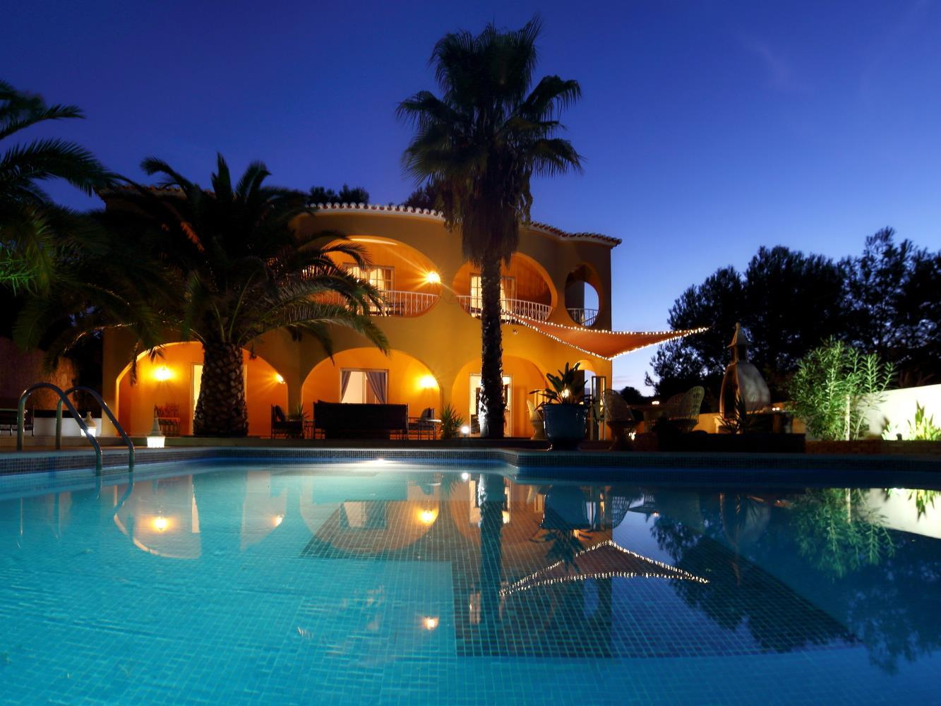 Single Family Home for Sale at Detached house, 5 bedrooms, for Sale Silves, Algarve Portugal