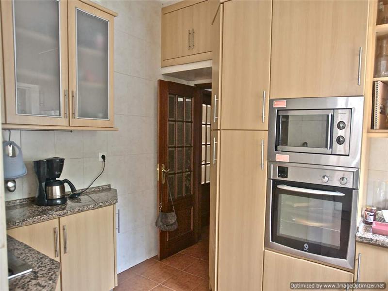 Maison unifamiliale pour l Vente à House, 5 bedrooms, for Sale Oeiras, Lisbonne, 2760-106 Portugal