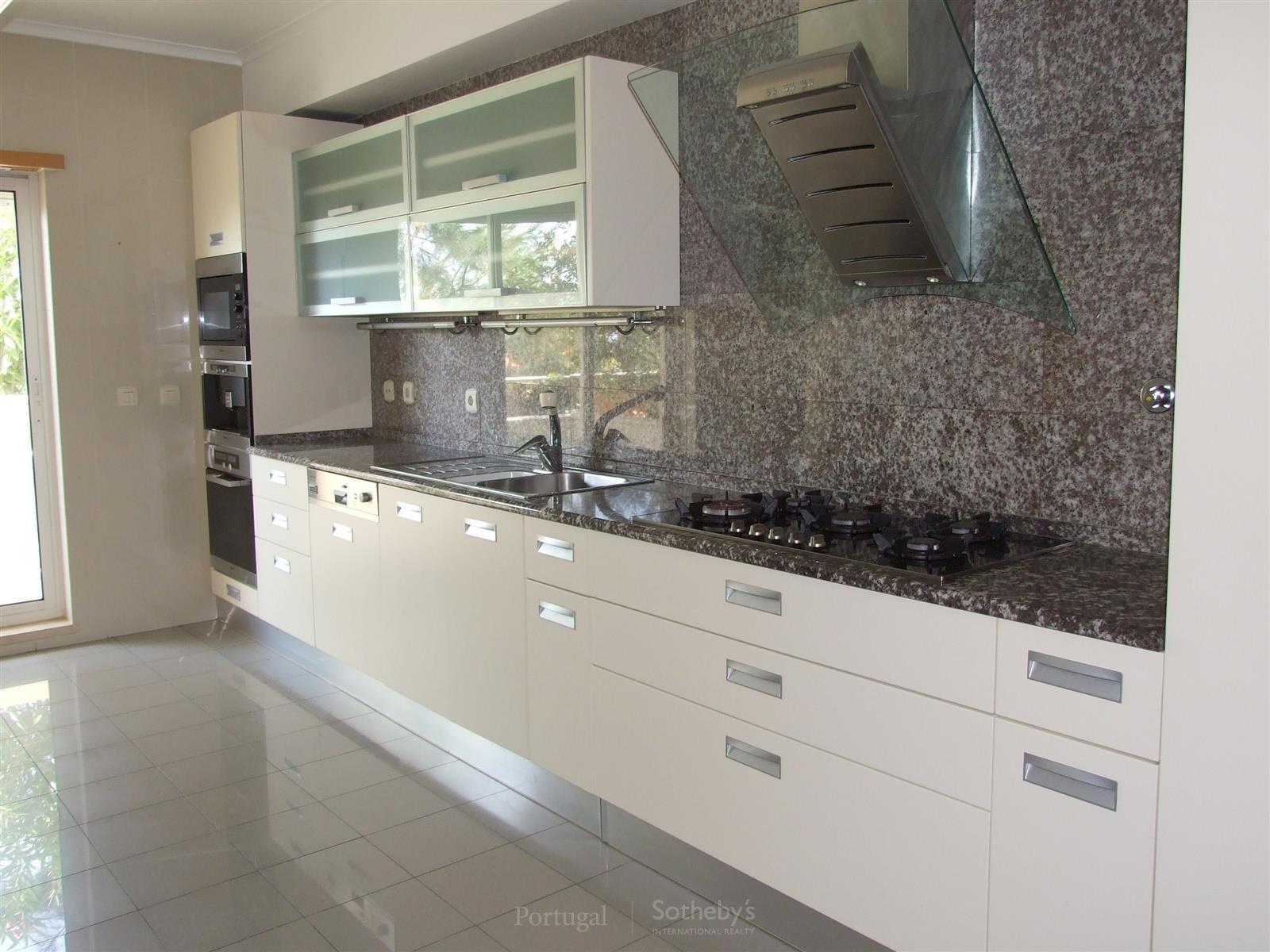 公寓 为 销售 在 Flat, 3 bedrooms, for Sale Cascais, 葡京 葡萄牙