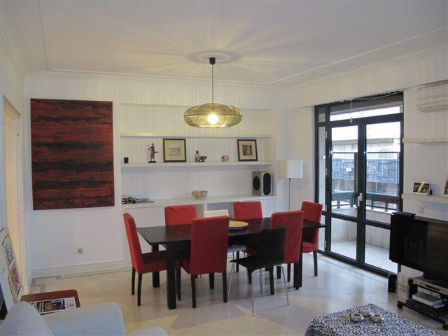 Appartement pour l Vente à Flat, 1 bedrooms, for Sale Lapa, Lisboa, Lisbonne Portugal