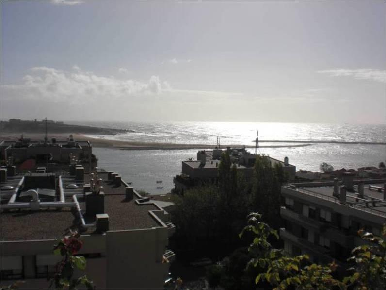 Apartamento por un Venta en Flat, 2 bedrooms, for Sale Porto, Porto Portugal