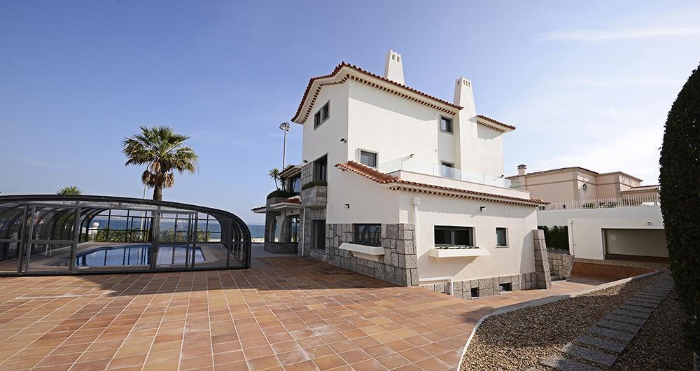 獨棟家庭住宅 為 出售 在 House, 6 bedrooms, for Sale Oeiras, 葡京 2780- 葡萄牙