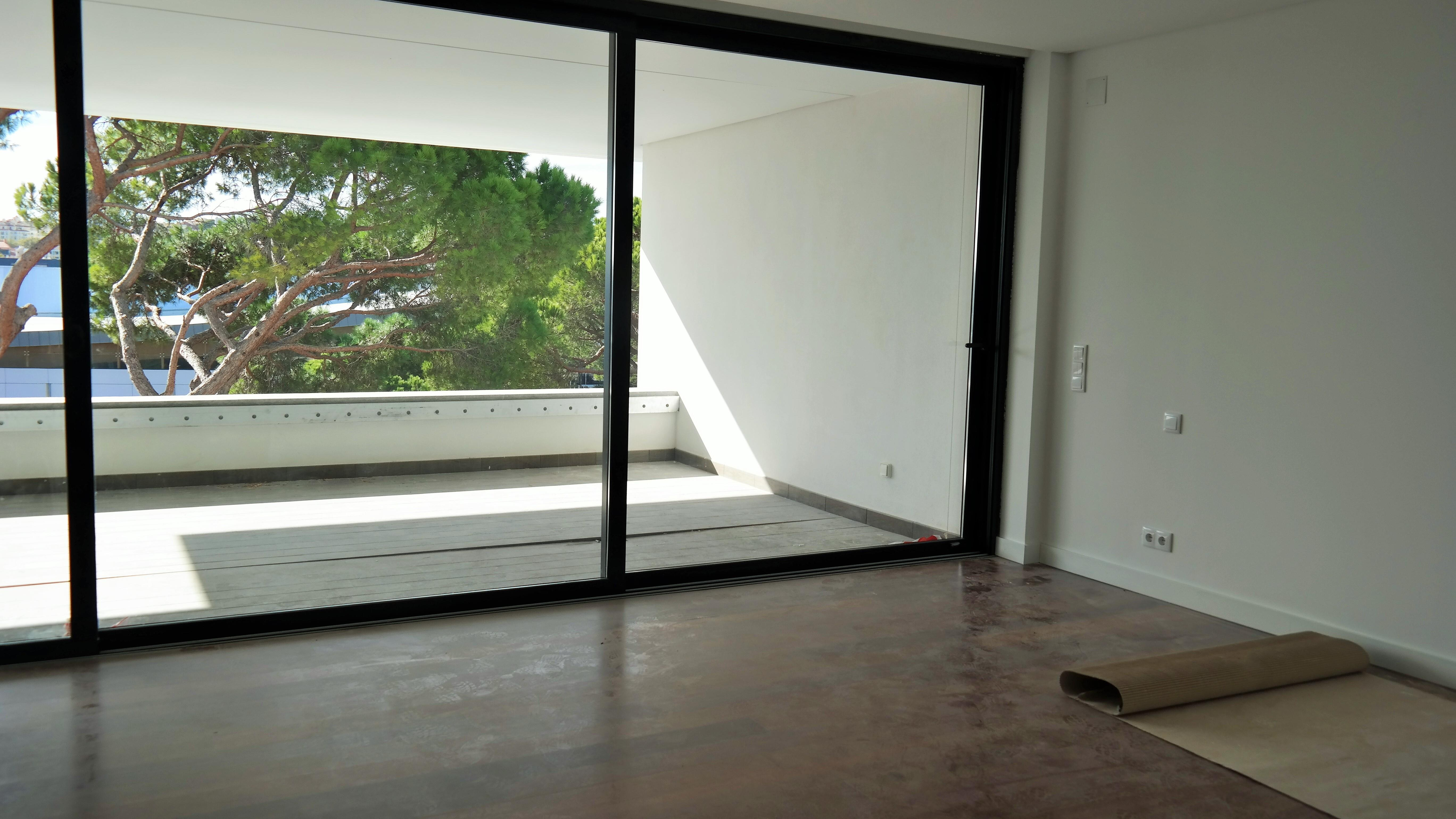 rentals property at Flat, 3 bedrooms, for Rent