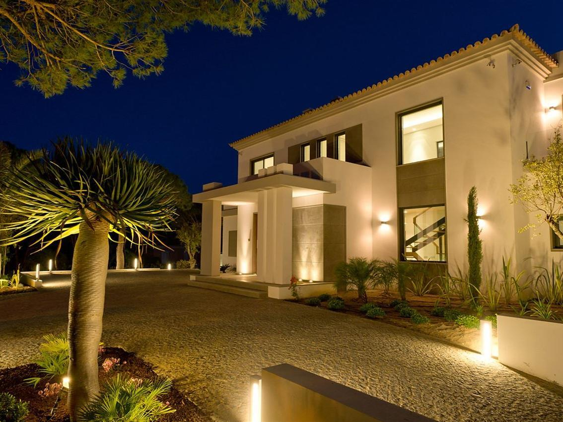 Maison unifamiliale pour l Vente à House, 5 bedrooms, for Sale Loule, Algarve Portugal