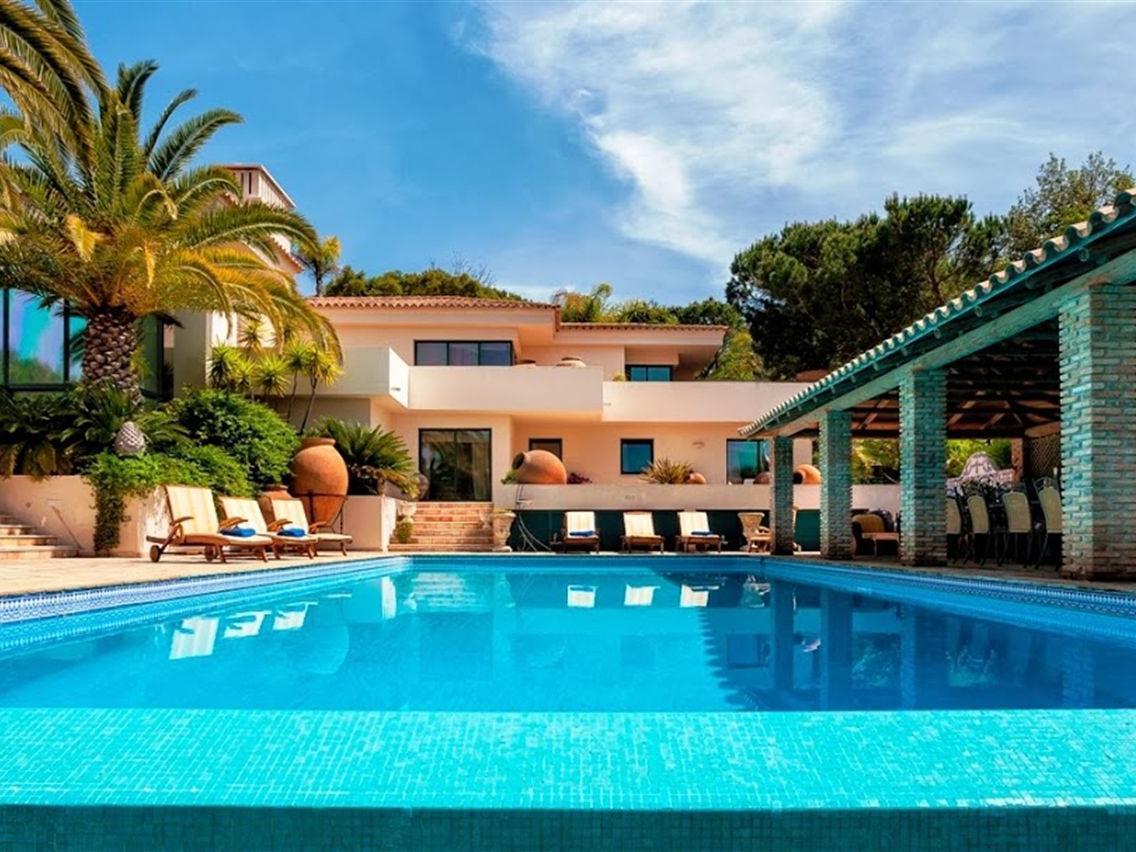 Vivienda unifamiliar por un Venta en Detached house, 6 bedrooms, for Sale Loule, Algarve Portugal