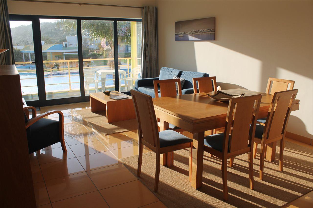Квартира для того Продажа на Flat, 1 bedrooms, for Sale Albufeira, Algarve 8200-035 Португалия