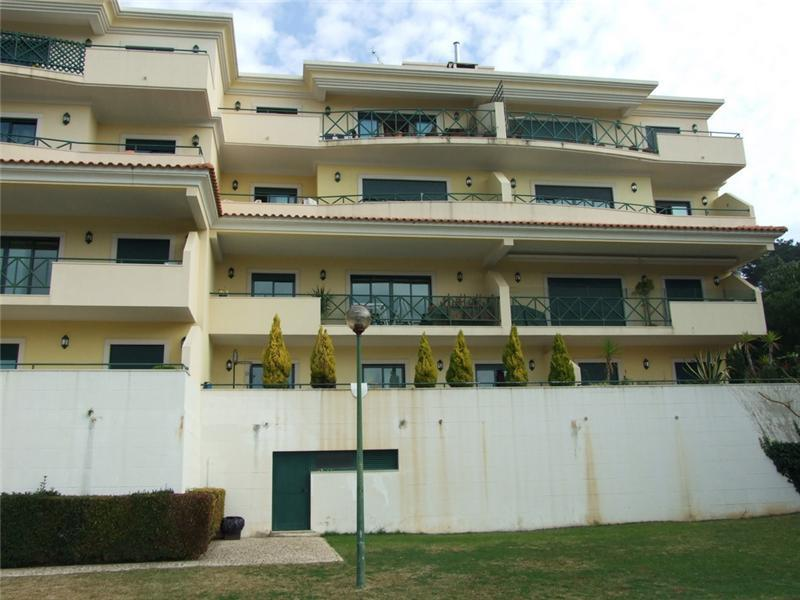 Appartement pour l Vente à Flat, 3 bedrooms, for Sale Monte Estoril, Cascais, Lisbonne Portugal
