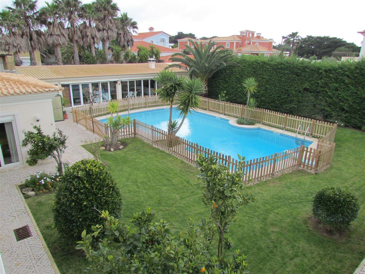 Tek Ailelik Ev için Satış at House, 6 bedrooms, for Sale Quinta Da Marinha, Cascais, Lisboa Portekiz