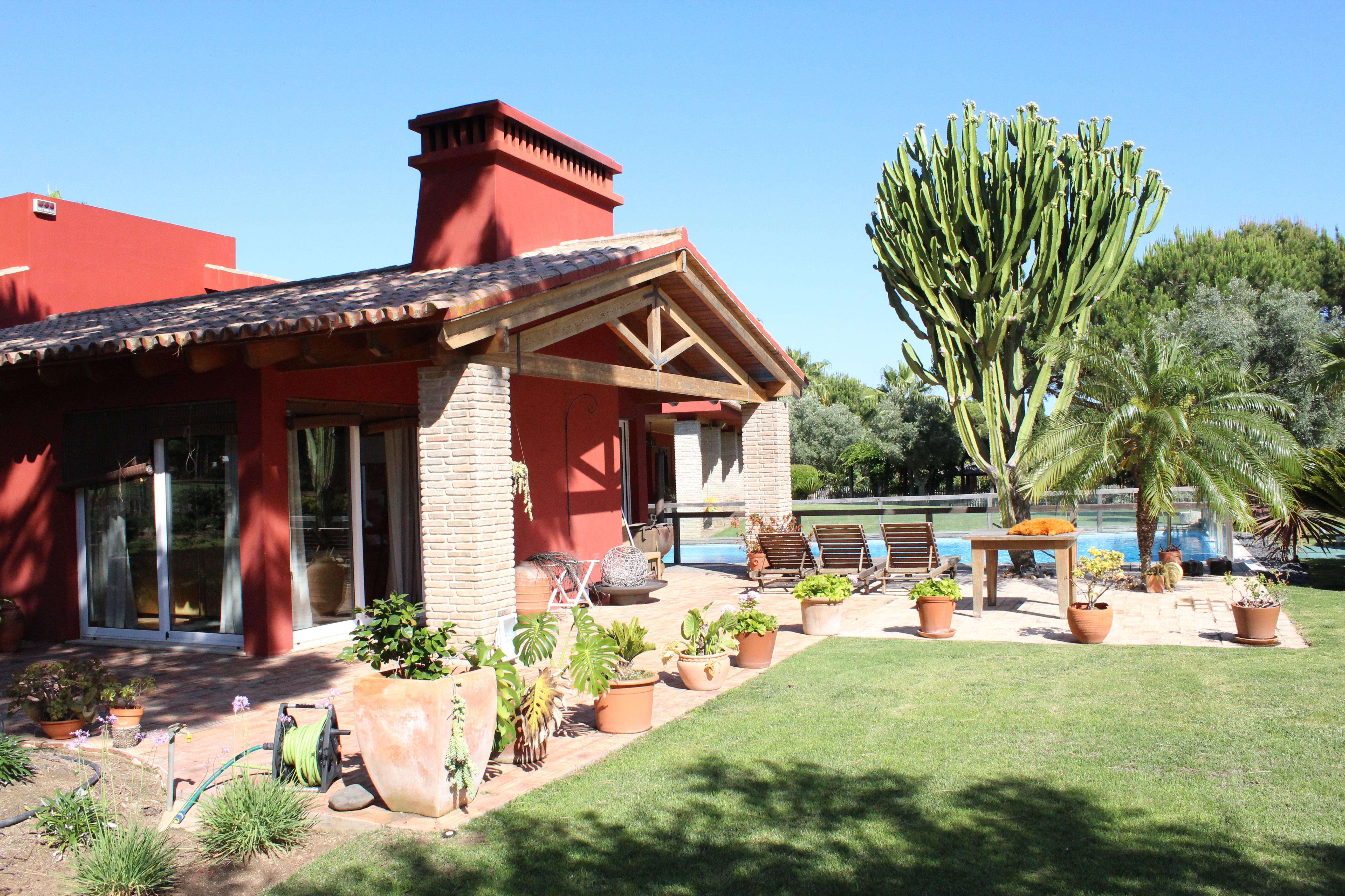 Villa per Vendita alle ore Detached house, 5 bedrooms, for Sale Loule, Algarve, 8125-541 Portogallo