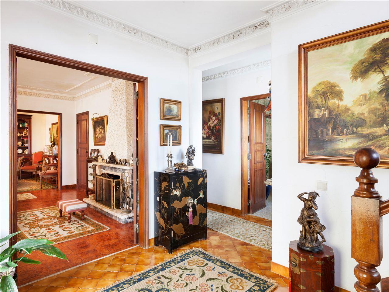 Villa per Vendita alle ore House, 3 bedrooms, for Sale Parede, Cascais, Lisbona Portogallo