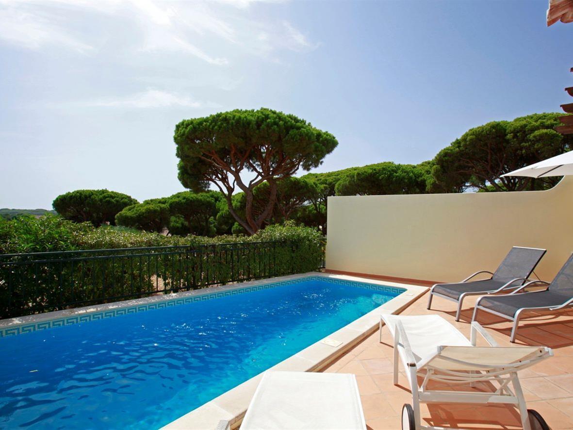 Moradia para Venda às Terraced house, 3 bedrooms, for Sale Loule, Algarve Portugal