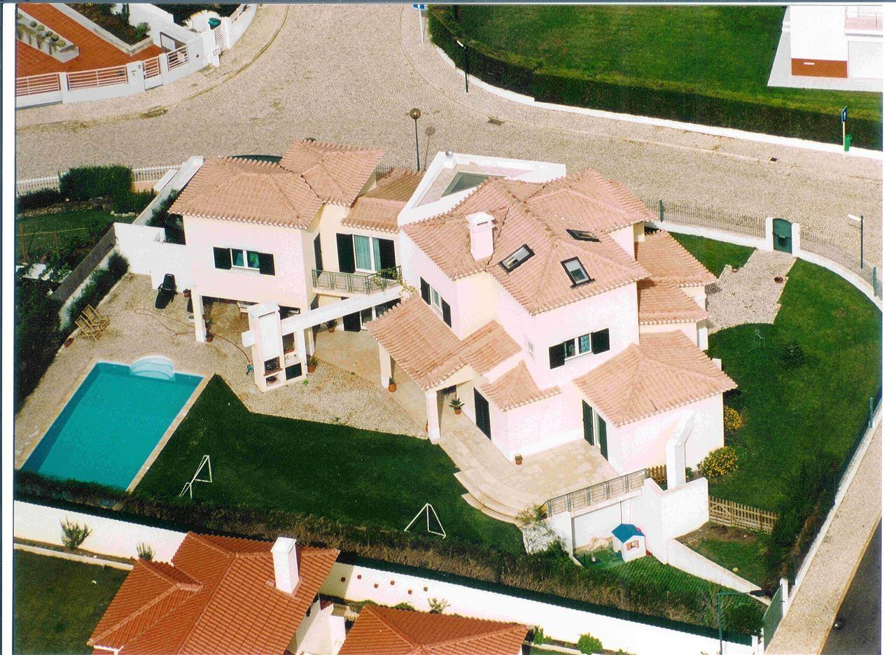 Single Family Home for Sale at House, 4 bedrooms, for Sale Sintra, Lisboa 2710-699 Portugal