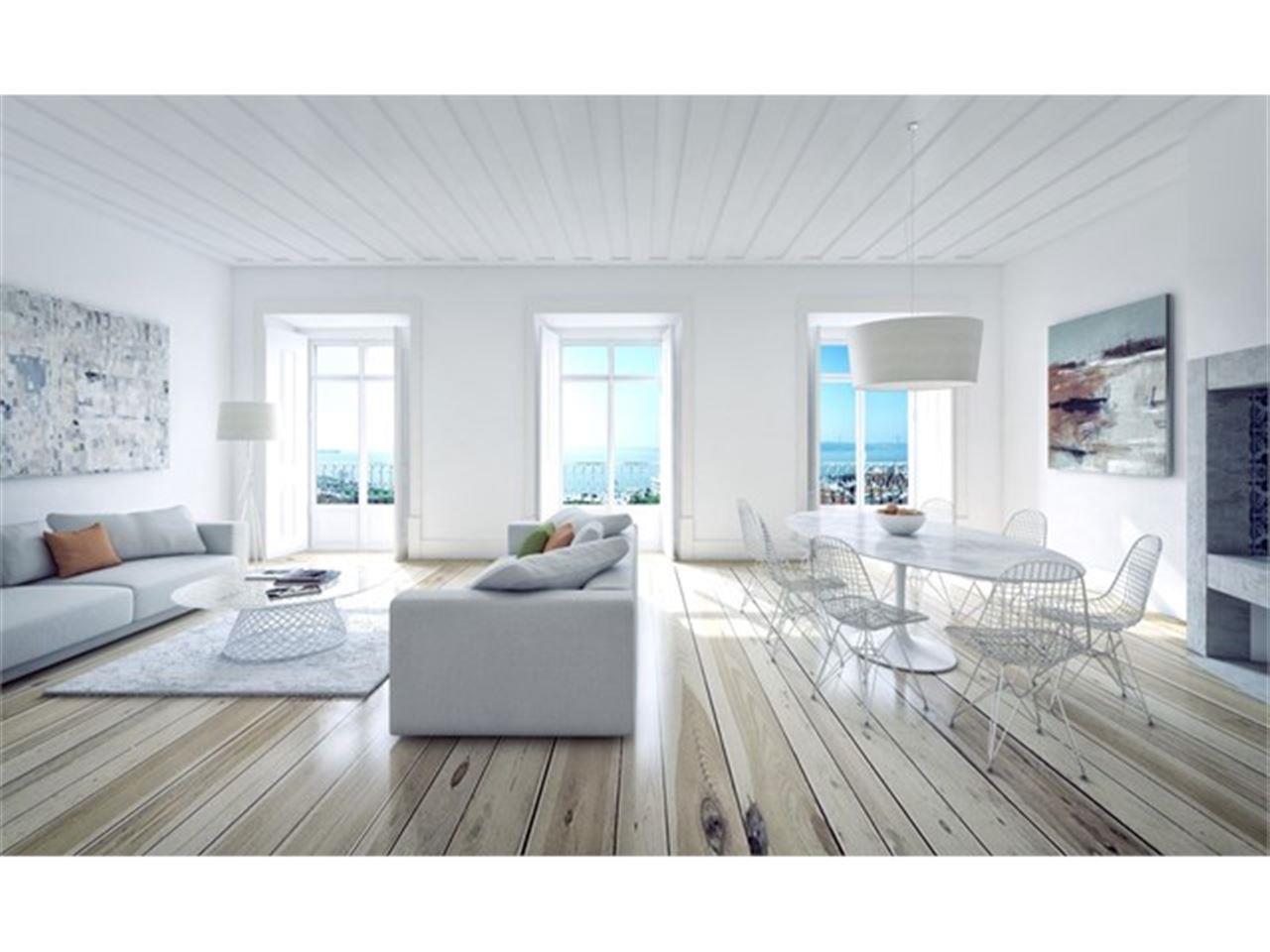 Appartement pour l Vente à Flat, 3 bedrooms, for Sale Chiado, Lisboa, Lisbonne Portugal