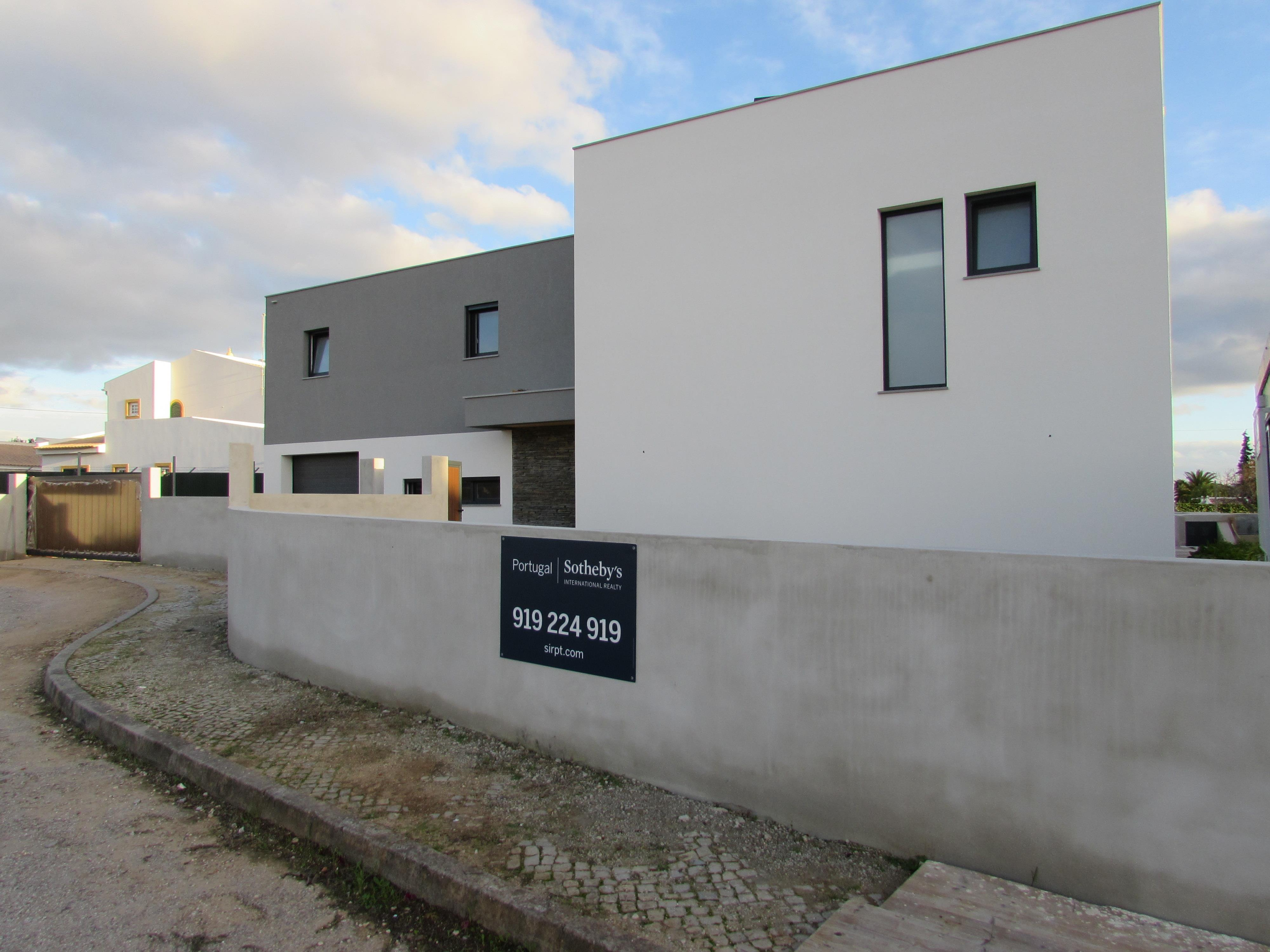 Single Family Home for Sale at House, 4 bedrooms, for Sale Albufeira, Algarve, Portugal