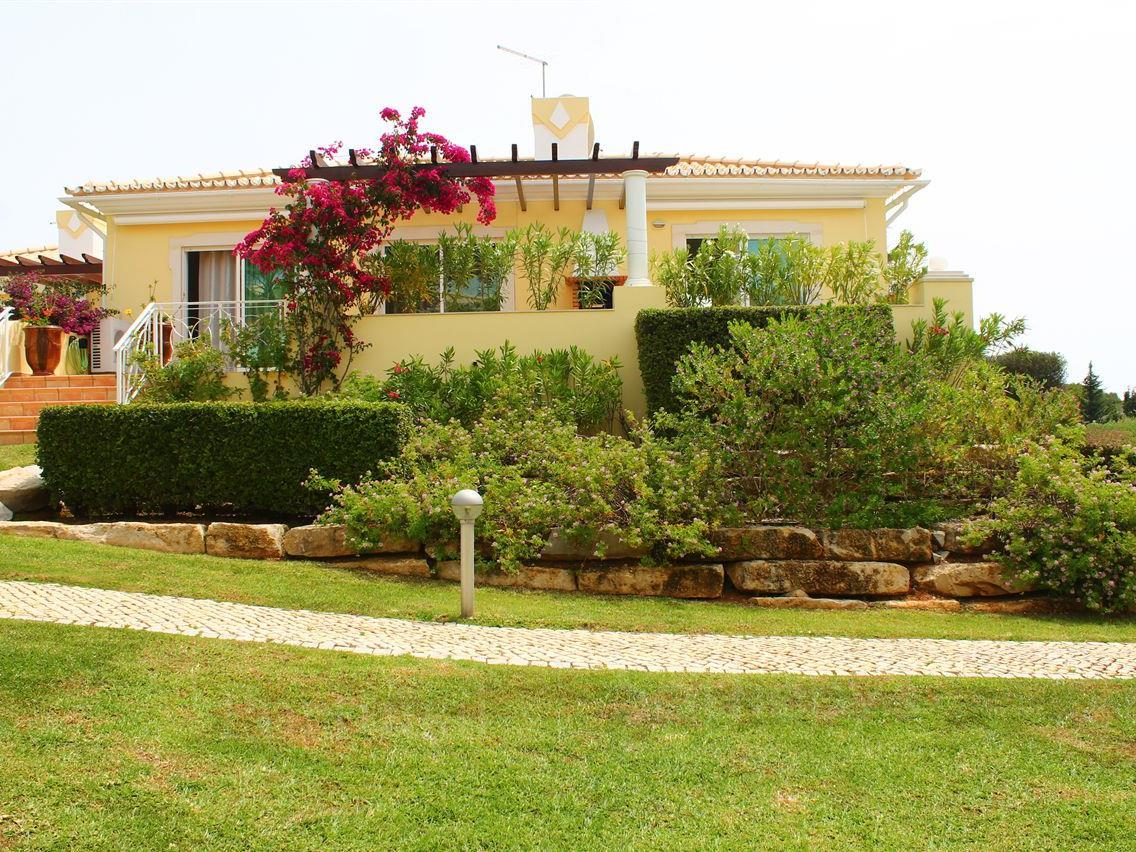 Single Family Home for Sale at Semi-detached house, 3 bedrooms, for Sale Loule, Algarve Portugal