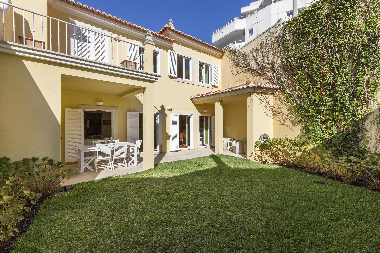단독 가정 주택 용 매매 에 House, 3 bedrooms, for Sale Cascais, 리스보아 2765-001 포르투갈
