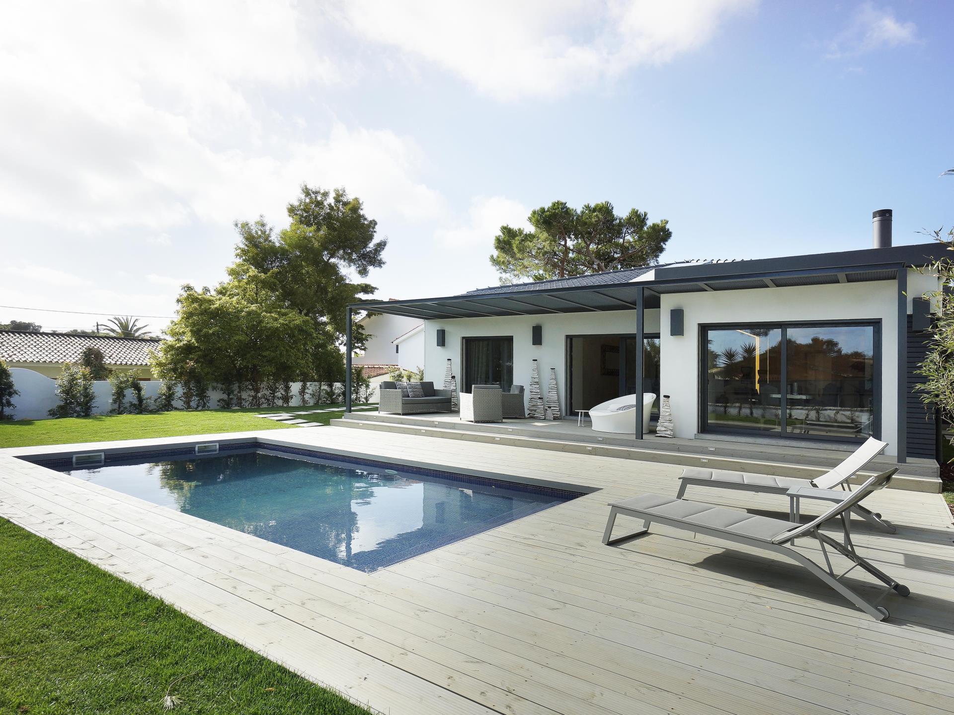 Villa per Vendita alle ore House, 4 bedrooms, for Sale Cascais, Lisbona Portogallo