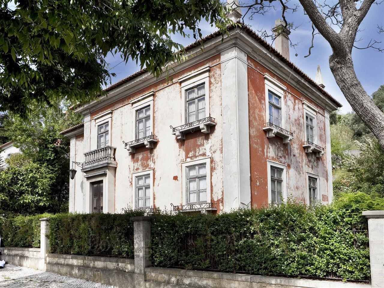 Casa para uma família para Venda às House, 5 bedrooms, for Sale Alvalade, Lisboa, Lisboa Portugal