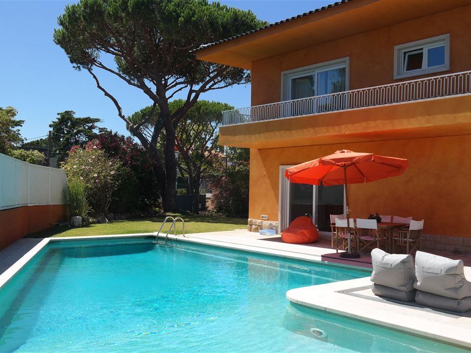 Vivienda unifamiliar por un Venta en House, 5 bedrooms, for Sale Estoril, Cascais, Lisboa Portugal