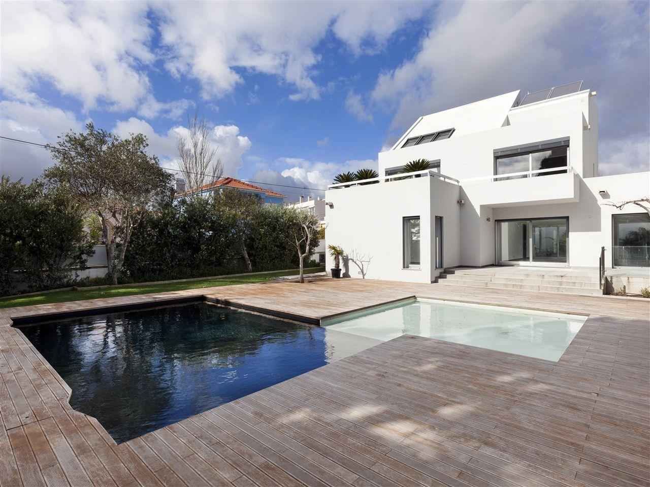 Vivienda unifamiliar por un Venta en House, 5 bedrooms, for Sale Cascais, Lisboa, 2765-523 Portugal