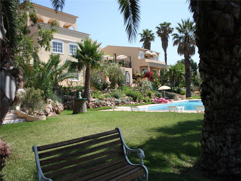 独户住宅 为 销售 在 House, 11 bedrooms, for Sale Loule, Algarve 葡萄牙
