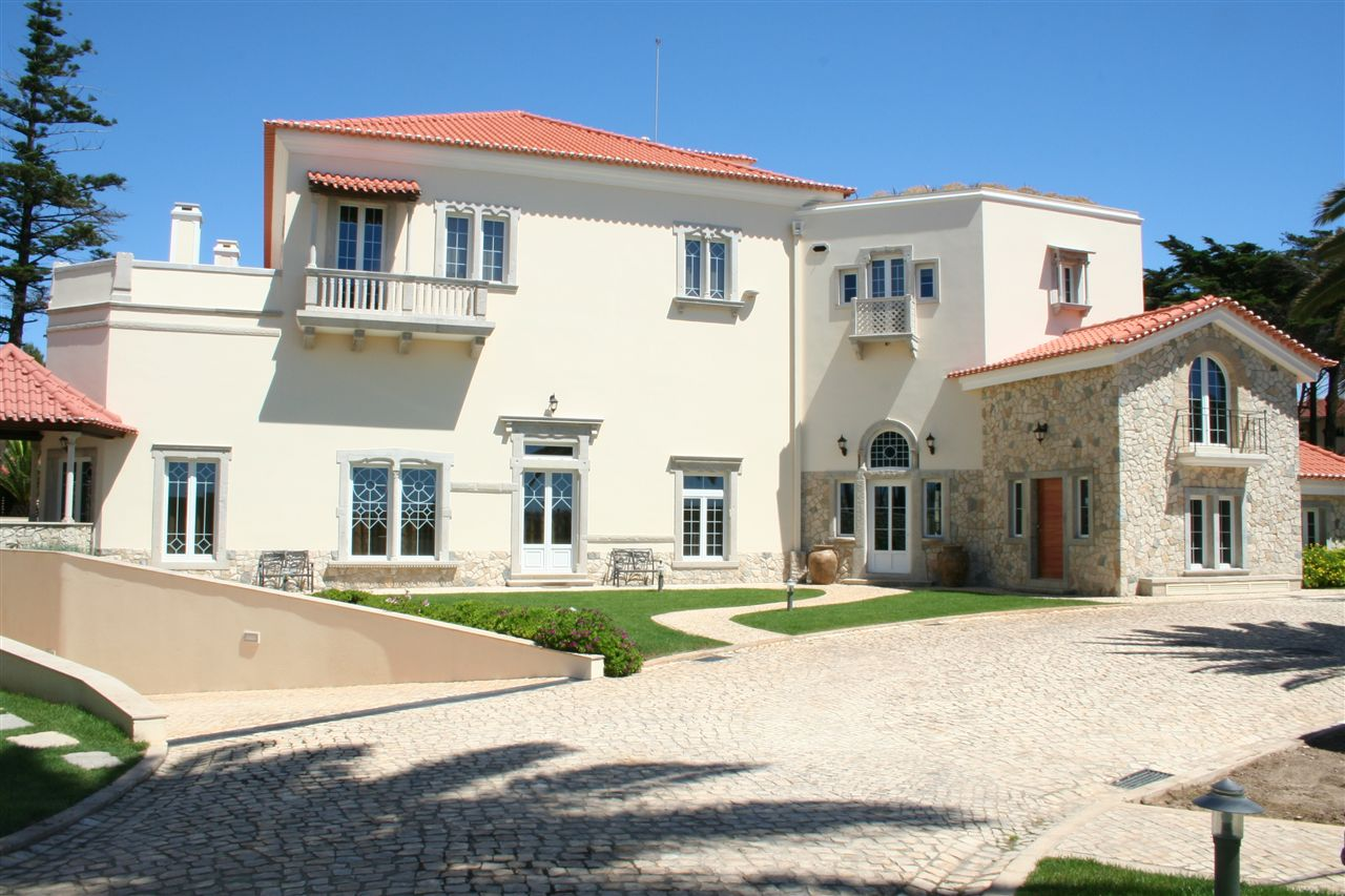Single Family Home for Sale at House, 8 bedrooms, for Sale Cascais, Lisboa Portugal