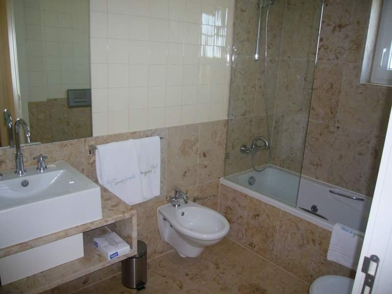 Property Of Flat, 1 bedrooms, for Sale