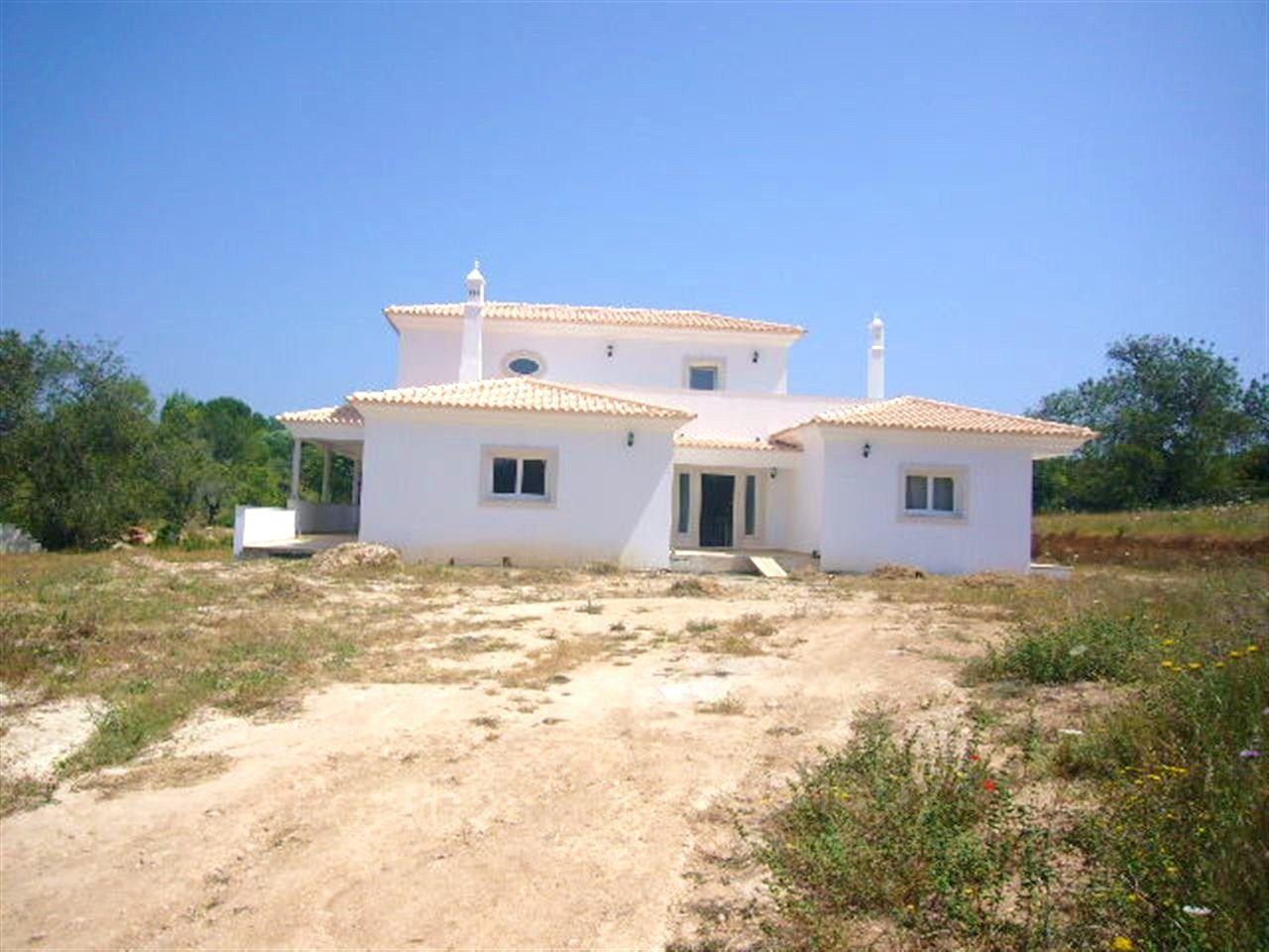 Villa per Vendita alle ore House, 5 bedrooms, for Sale Loule, Algarve 0000-000 Portogallo