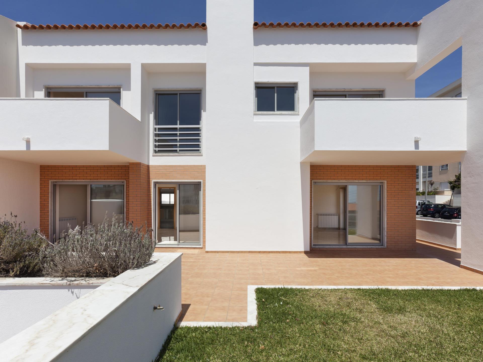 Vivienda unifamiliar por un Venta en House, 4 bedrooms, for Sale Cascais, Lisboa Portugal