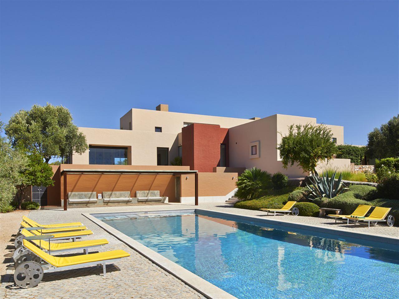 Einfamilienhaus für Verkauf beim House, 6 bedrooms, for Sale Tavira, Algarve Portugal
