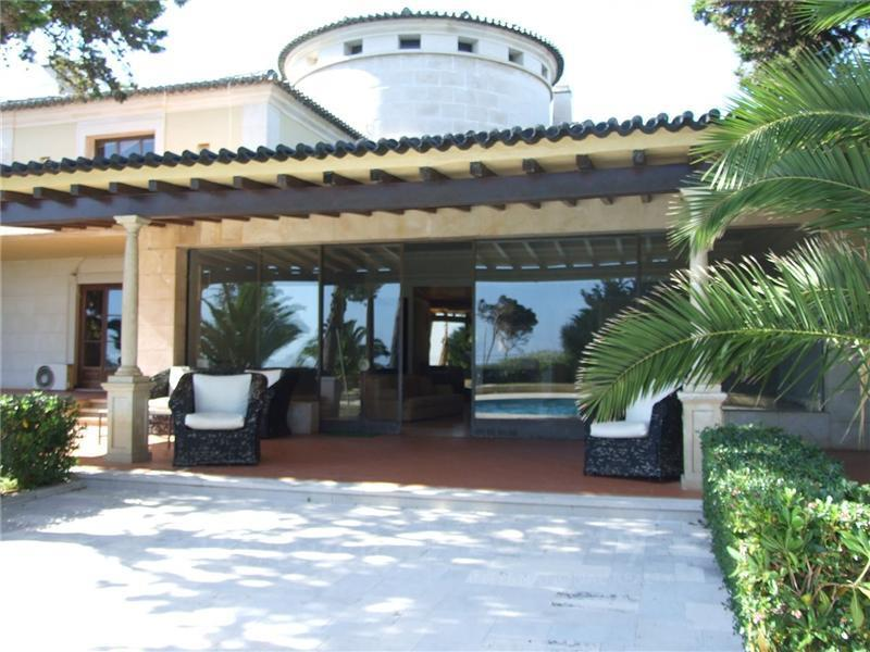 Property Of House, 6 bedrooms, for Sale