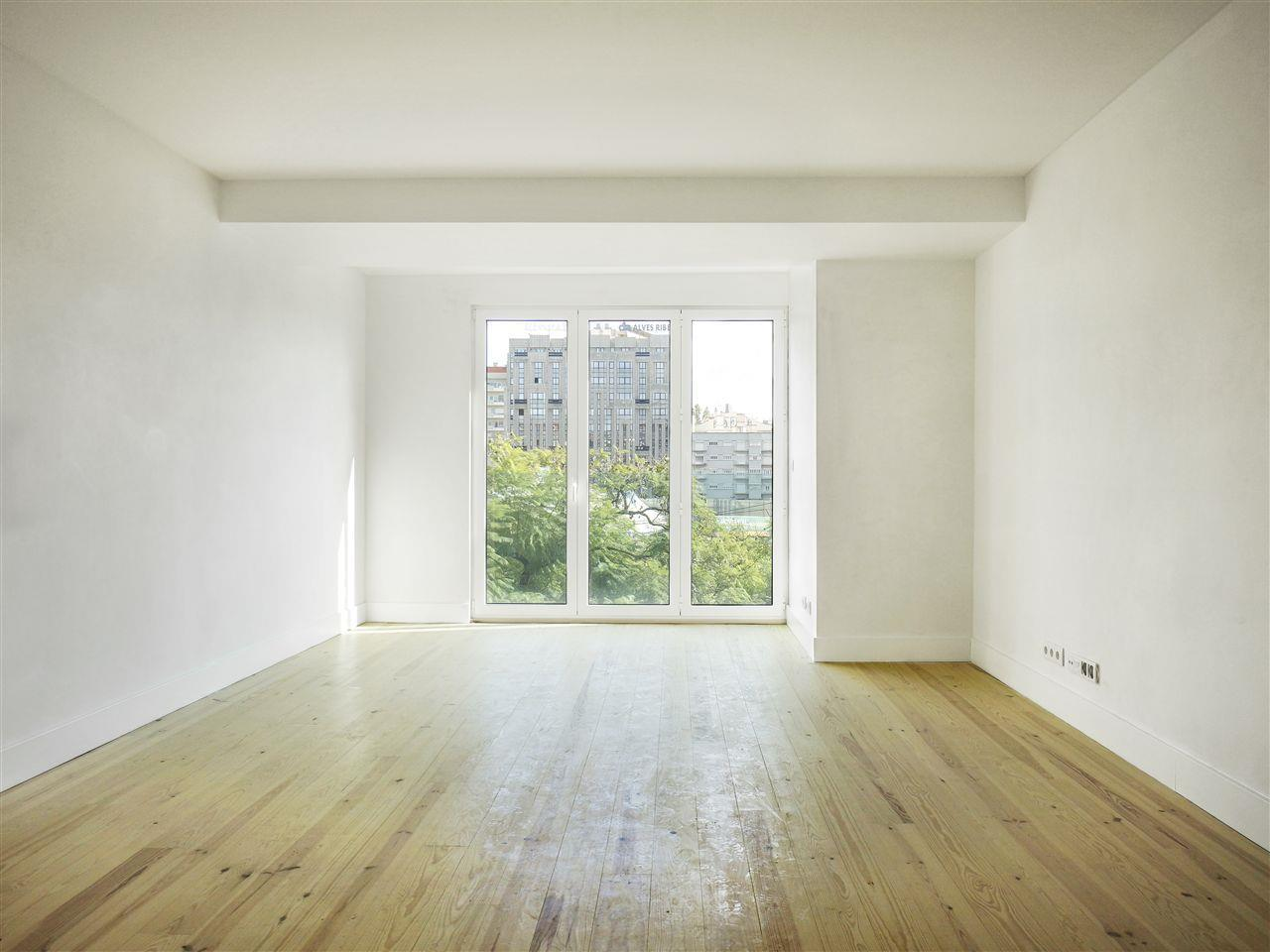 Apartamento por un Venta en Flat, 3 bedrooms, for Sale Lisboa, Lisboa Portugal