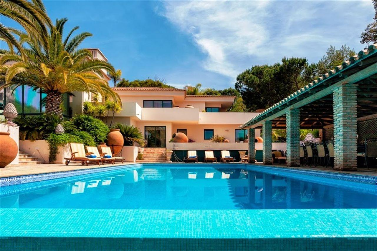 Single Family Home for Sale at Detached house, 6 bedrooms, for Sale Loule, Algarve, Portugal