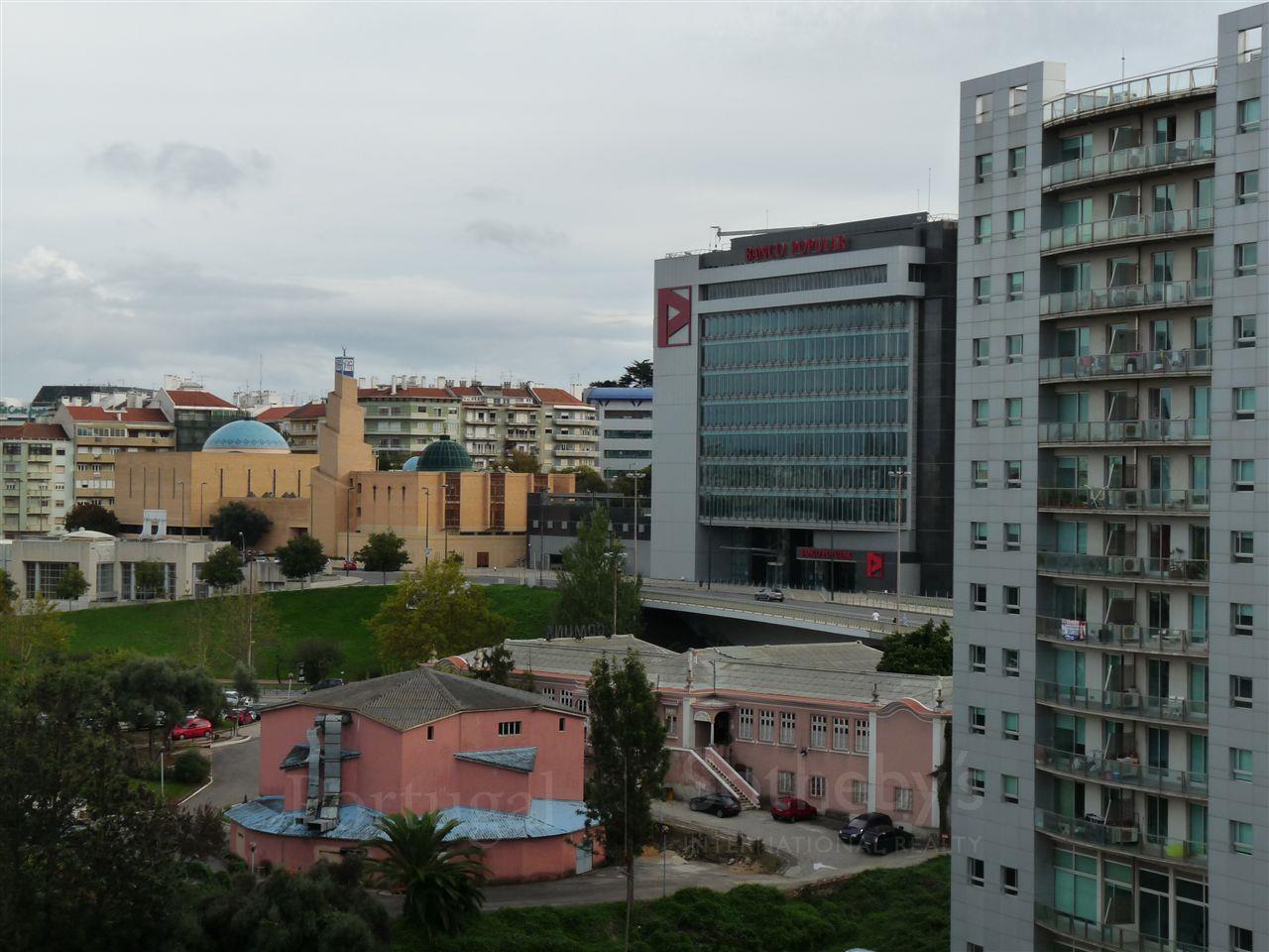 Apartment for Sale at Flat, 2 bedrooms, for Sale Lisboa, Lisboa Portugal