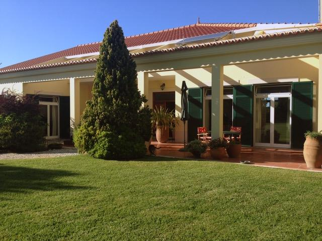 Single Family Home for Sale at Detached house, 5 bedrooms, for Sale Sintra, Lisboa 2705-337 Portugal