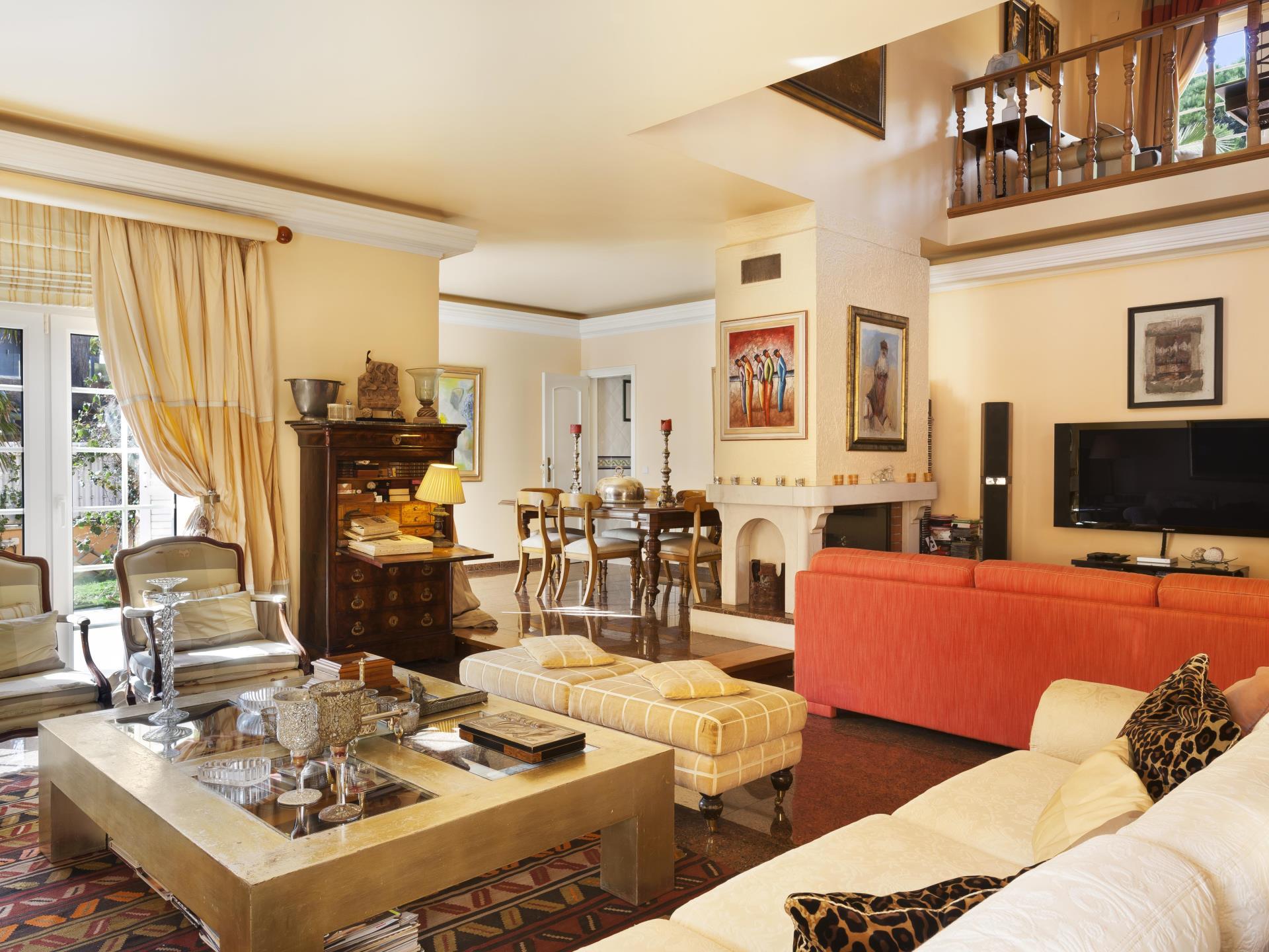 Villa per Vendita alle ore House, 5 bedrooms, for Sale Bicuda, Cascais, Lisbona Portogallo