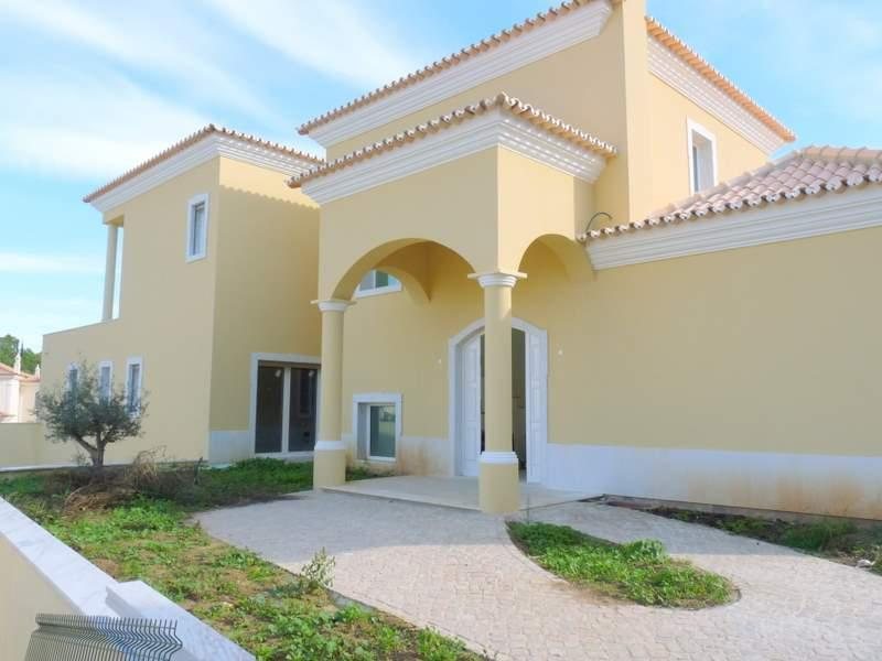 Maison unifamiliale pour l Vente à House, 6 bedrooms, for Sale Loule, Algarve Portugal