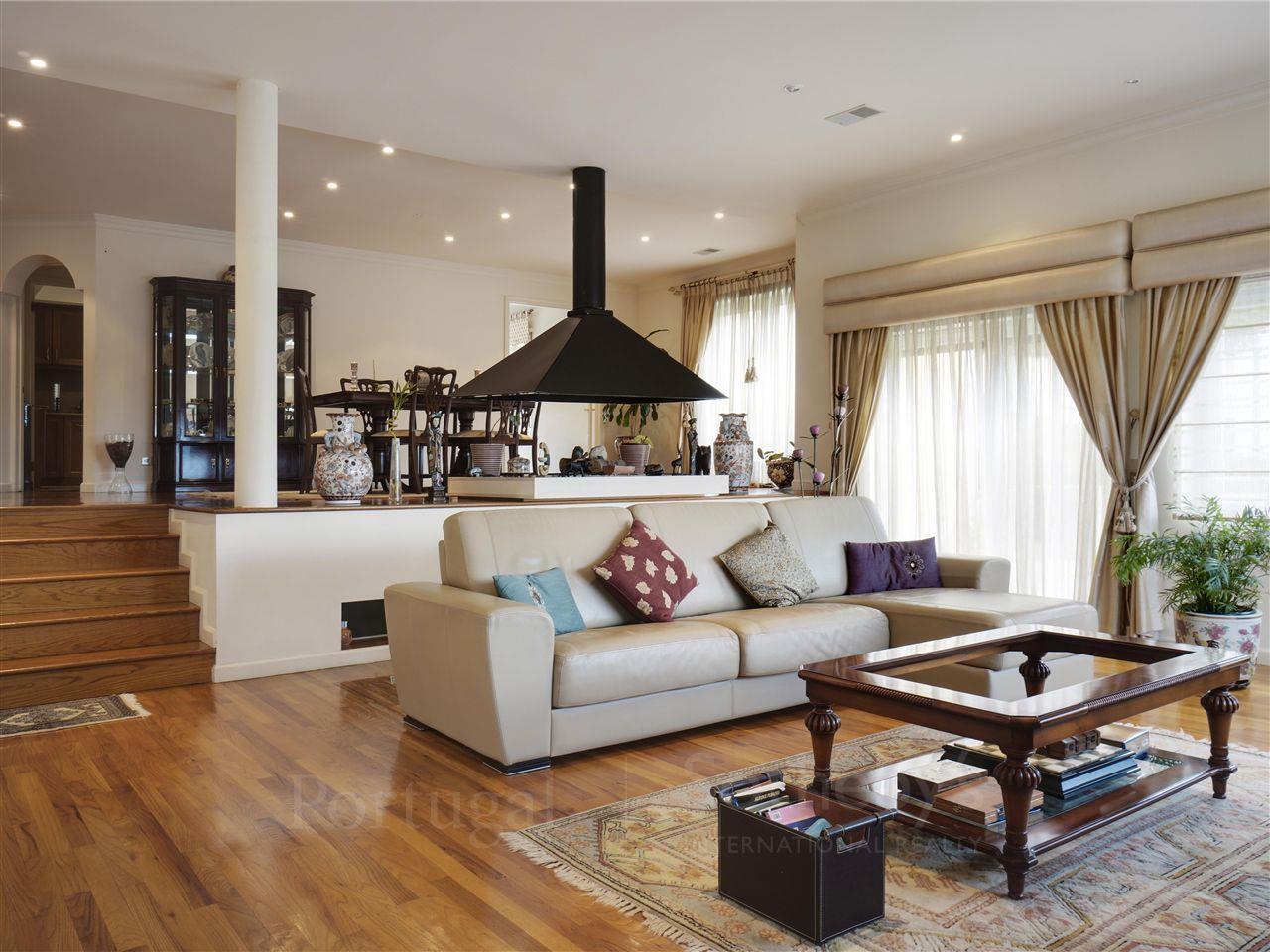 Tek Ailelik Ev için Satış at House, 4 bedrooms, for Sale Beloura, Sintra, Lisboa Portekiz
