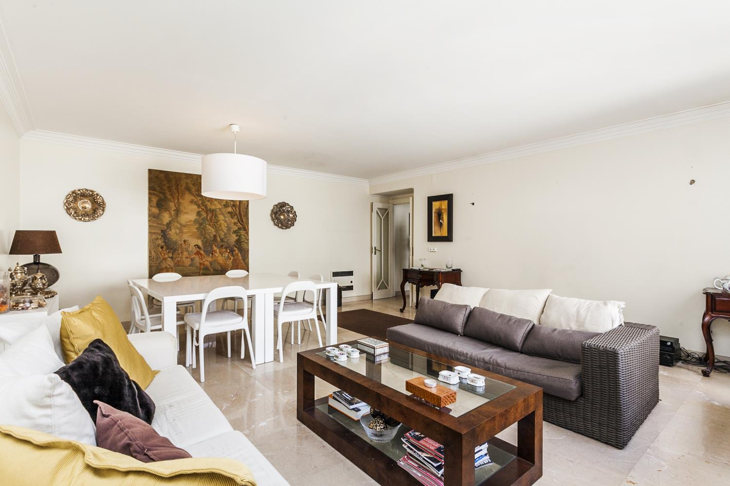 Apartment for Sale at Flat, 3 bedrooms, for Sale Lisboa, Lisboa, 1700-116 Portugal