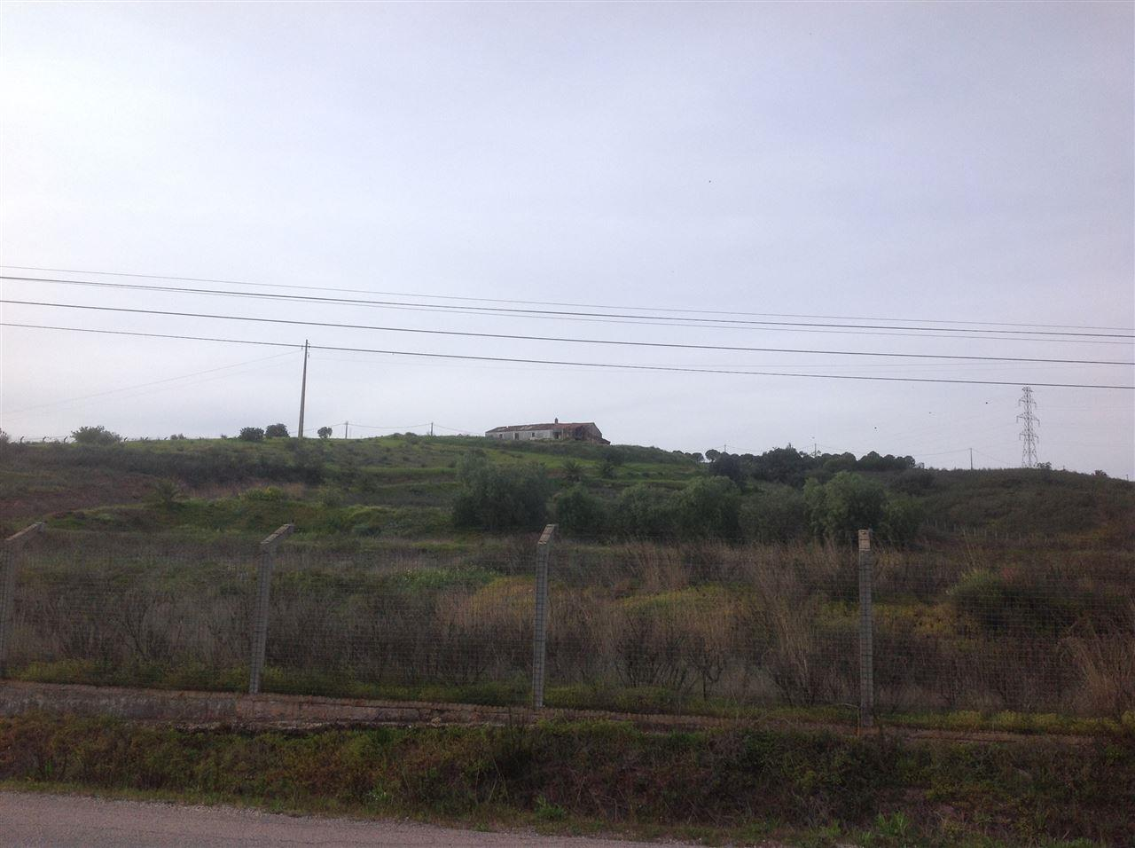 地產 為 出售 在 Terreno com ruina for Sale Silves, Algarve, 8300-041 葡萄牙